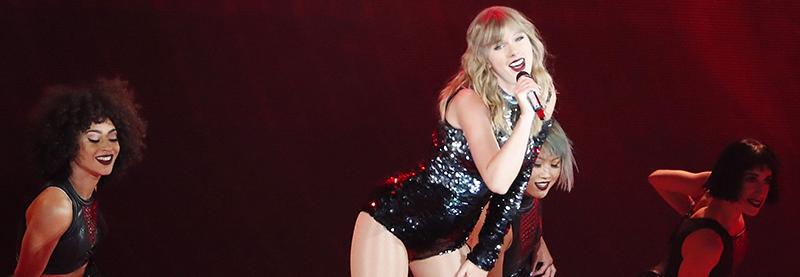 Taylor Kicks Off reputation Stadium Tour In Glendale, Arizona