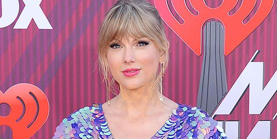 Taylor attends the 2019 iHeartRadio Music Awards