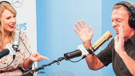 Taylor Visits the 'Elvis Duran Show'