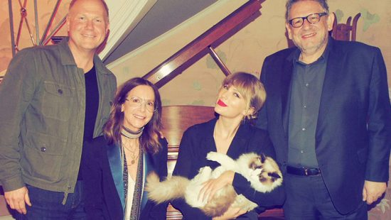 Taylor Signs Global Agreement With Universal Music Publishing Group