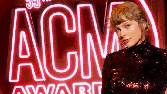 Taylor performs 'betty' at the 2020 ACMs